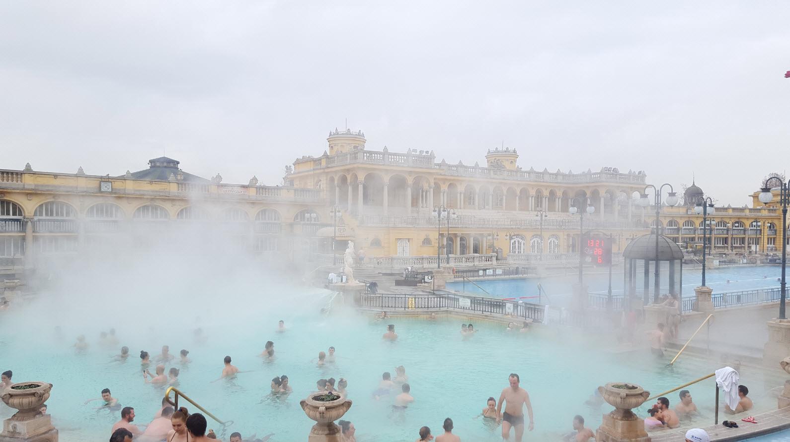 Bains exterieurs Budapest