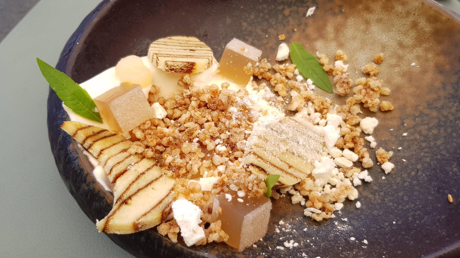 Glace sarrasin, meringue, bière blonde artisanale