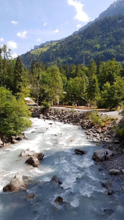 Balade facile lac montagne Oberland