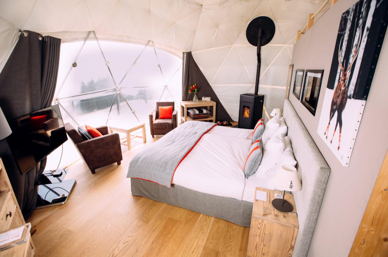 Dormir sur les pistes Les Giettes - (c) Whitepod