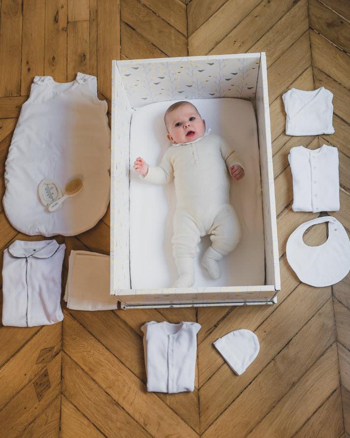 Box carton bebe