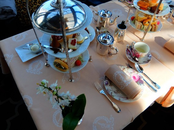 Hotel Angleterre afternoon tea 03