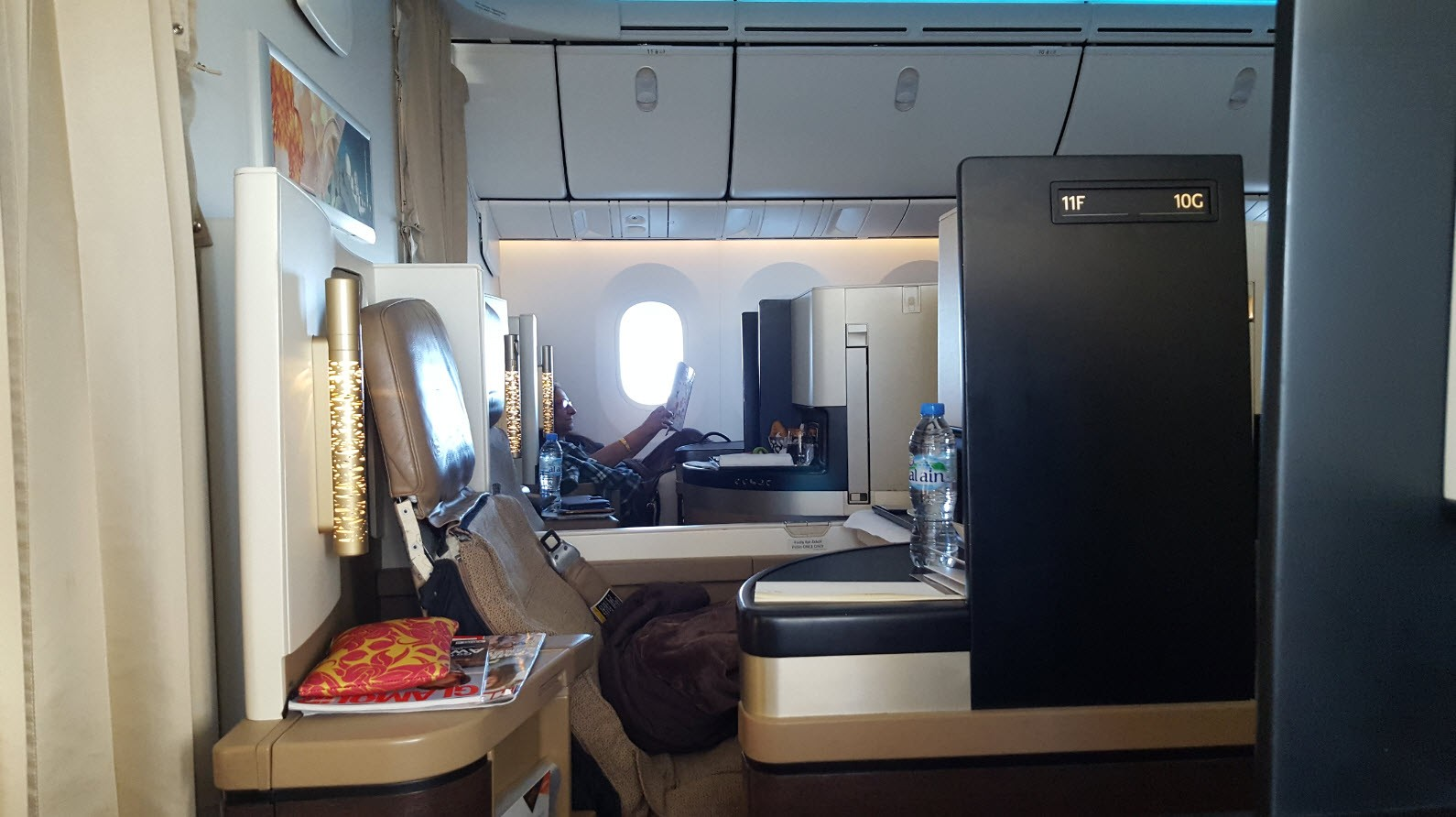 Business class etihad sur dreamliner inspiration for for Migliori cabine business class 2017