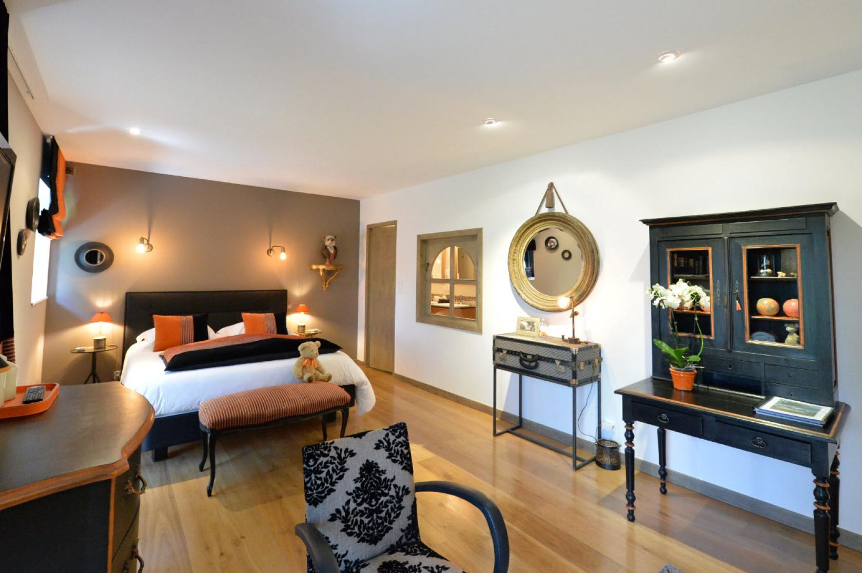 le val de brangon destination inspiration for travellers. Black Bedroom Furniture Sets. Home Design Ideas