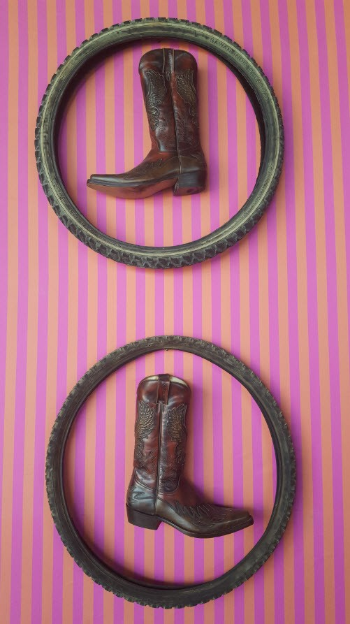 Detail decoration bottes
