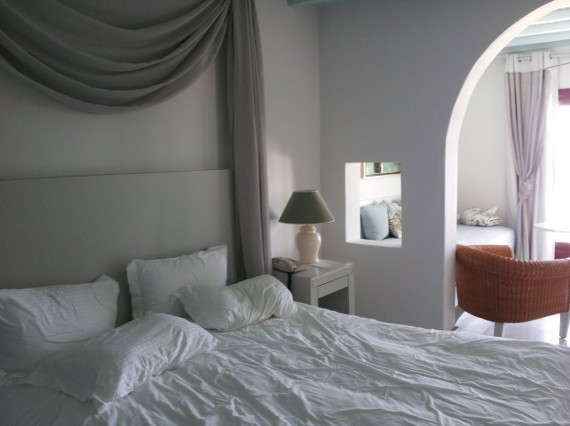 Hotel review Saint John Mykonos (5)