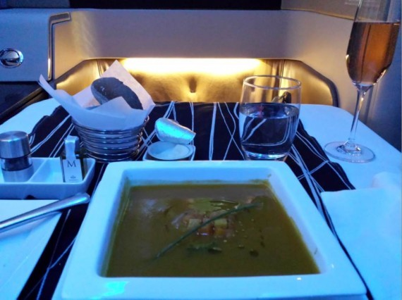 Etihad Diamond First Class GVA-AUH (8)