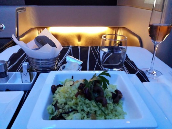 Etihad Diamond First Class GVA-AUH (9)