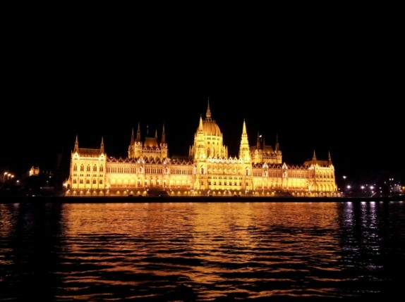 Budapest by night 02