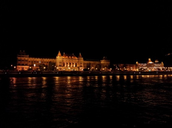 Budapest by night 04